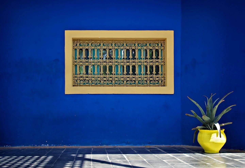Blue window of Yves Saint Laurent's house in Jardin Mojerelle - Marrakech