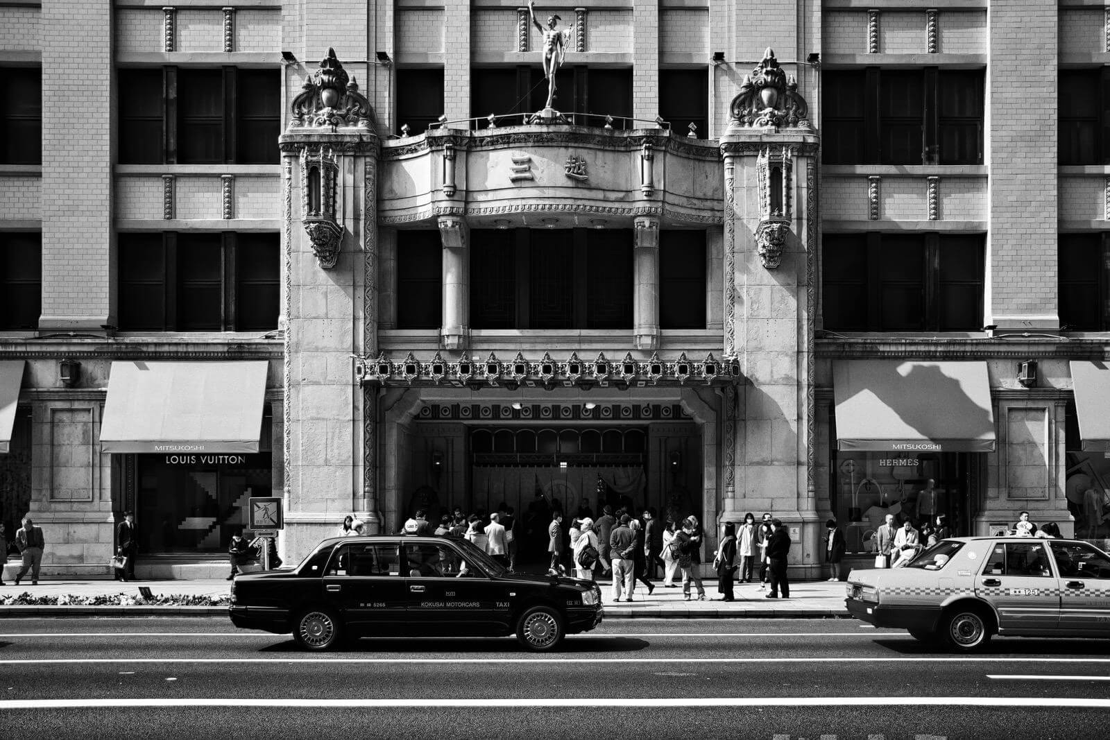 Mitsukoshi department store, Tokyo - Photo by Zdenek Sindelar of CuriousZed Photography